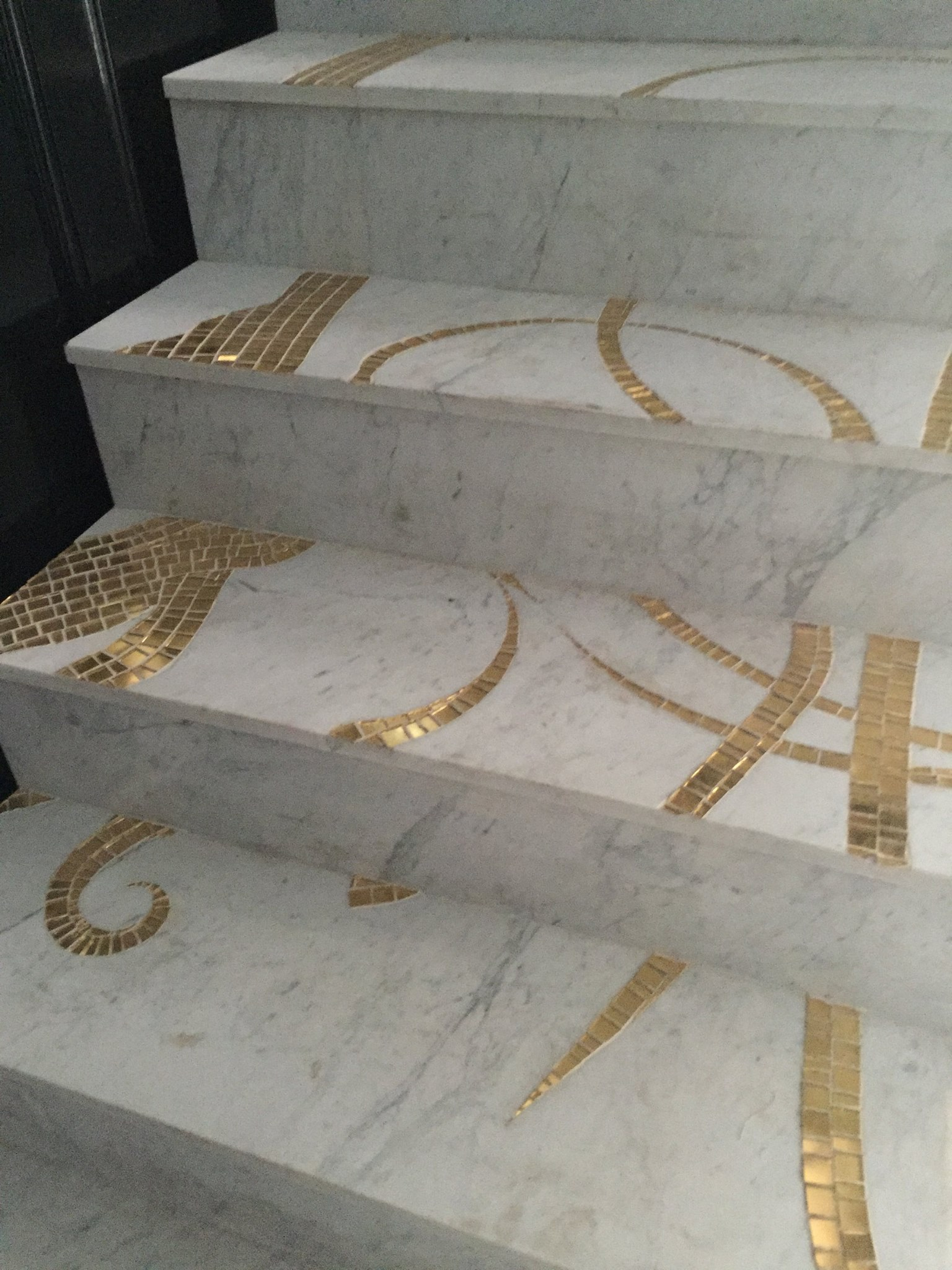 architectural-marble-stair-mosaic
